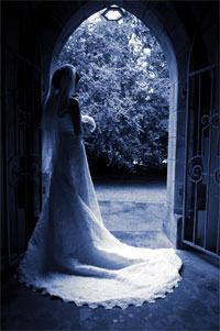 Bride photographed by Tony Kluge